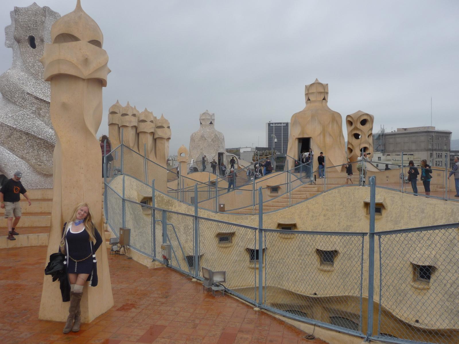 Barcellona e gaud dalla rambla alla sagrada familia il passaporto di gio - Alzare il tetto di casa ...