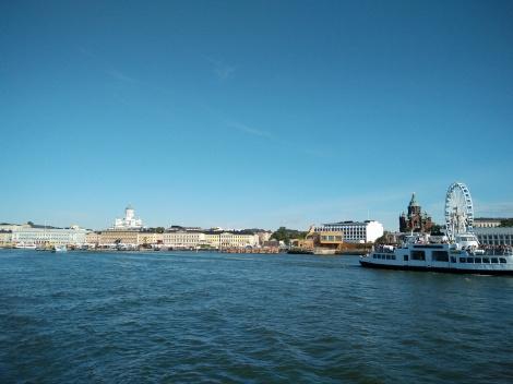 Helsinki traghetto