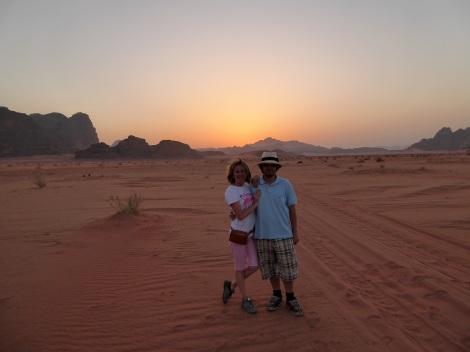 Tramonto nel deserto del Wadi Rum